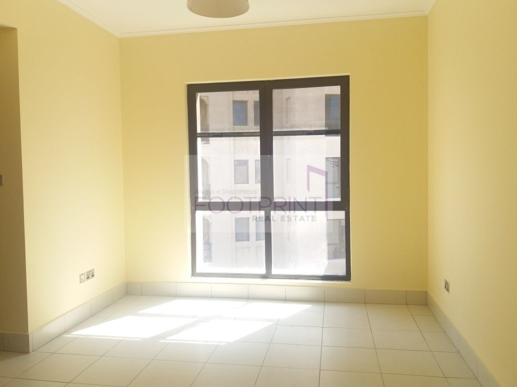 Classic Spacious 2BR Unit With Burj View
