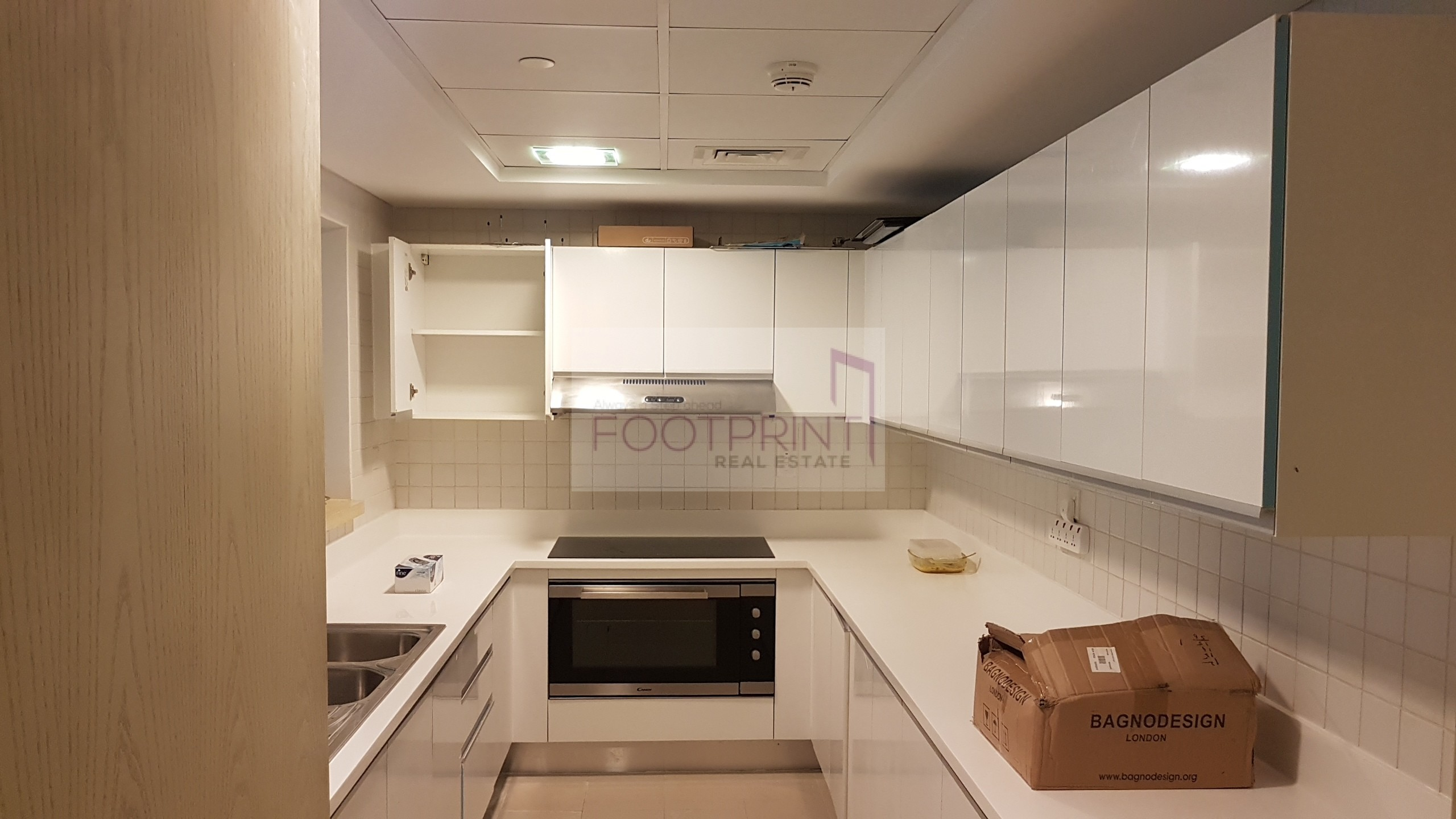 Spacious 3Br+Large Maid`s Room Laundry *