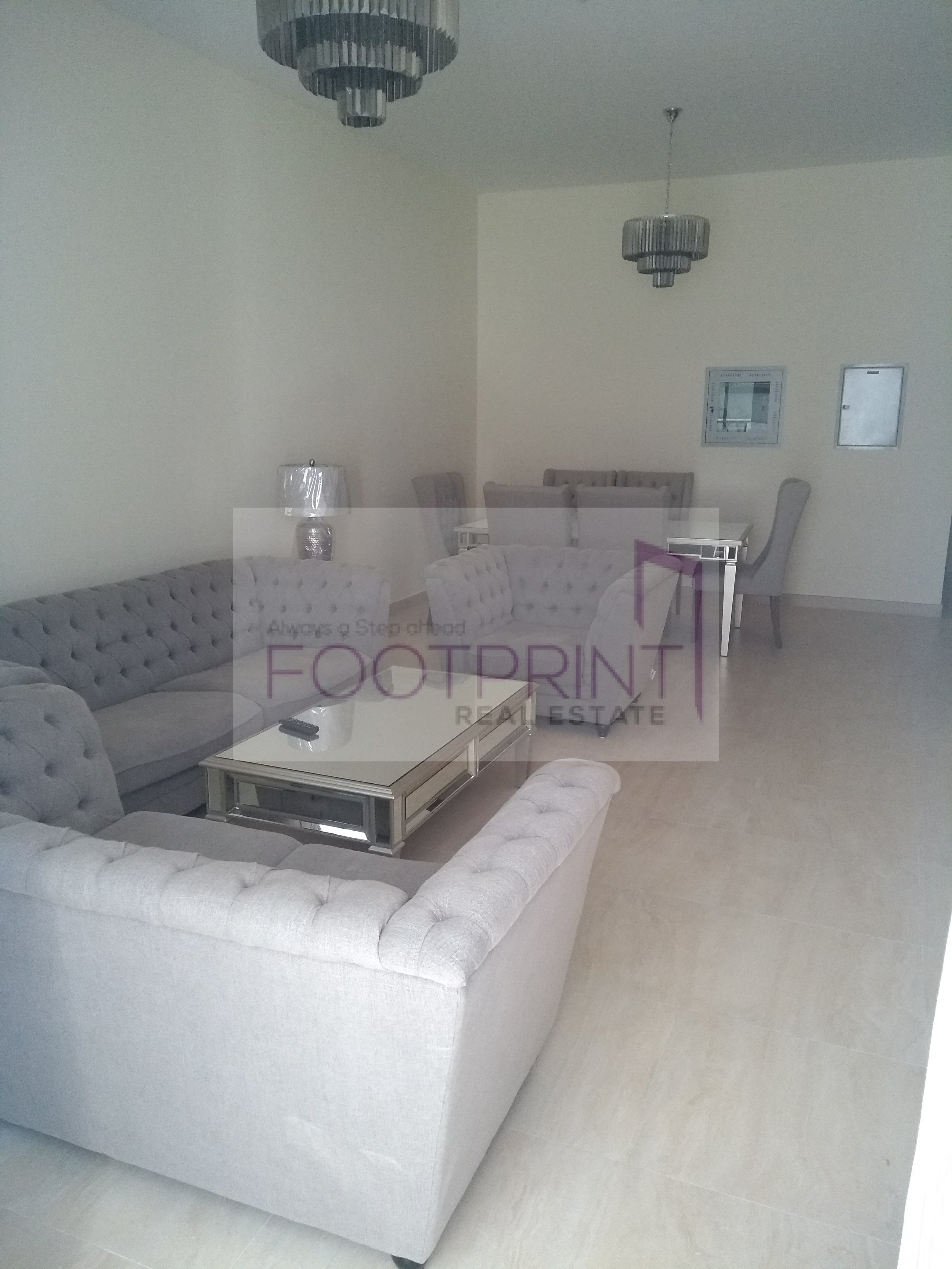 Very Spacious 2Bedroom with Chiller Free