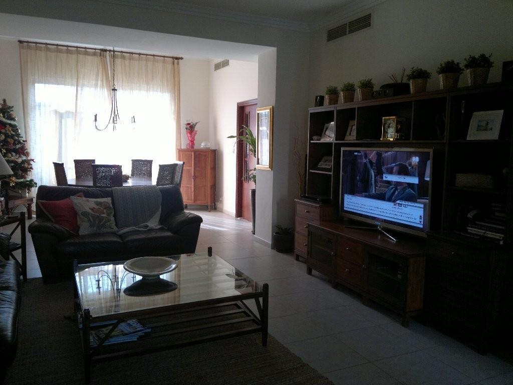!!!Uptown Mirdif with 3 bedroom + maids