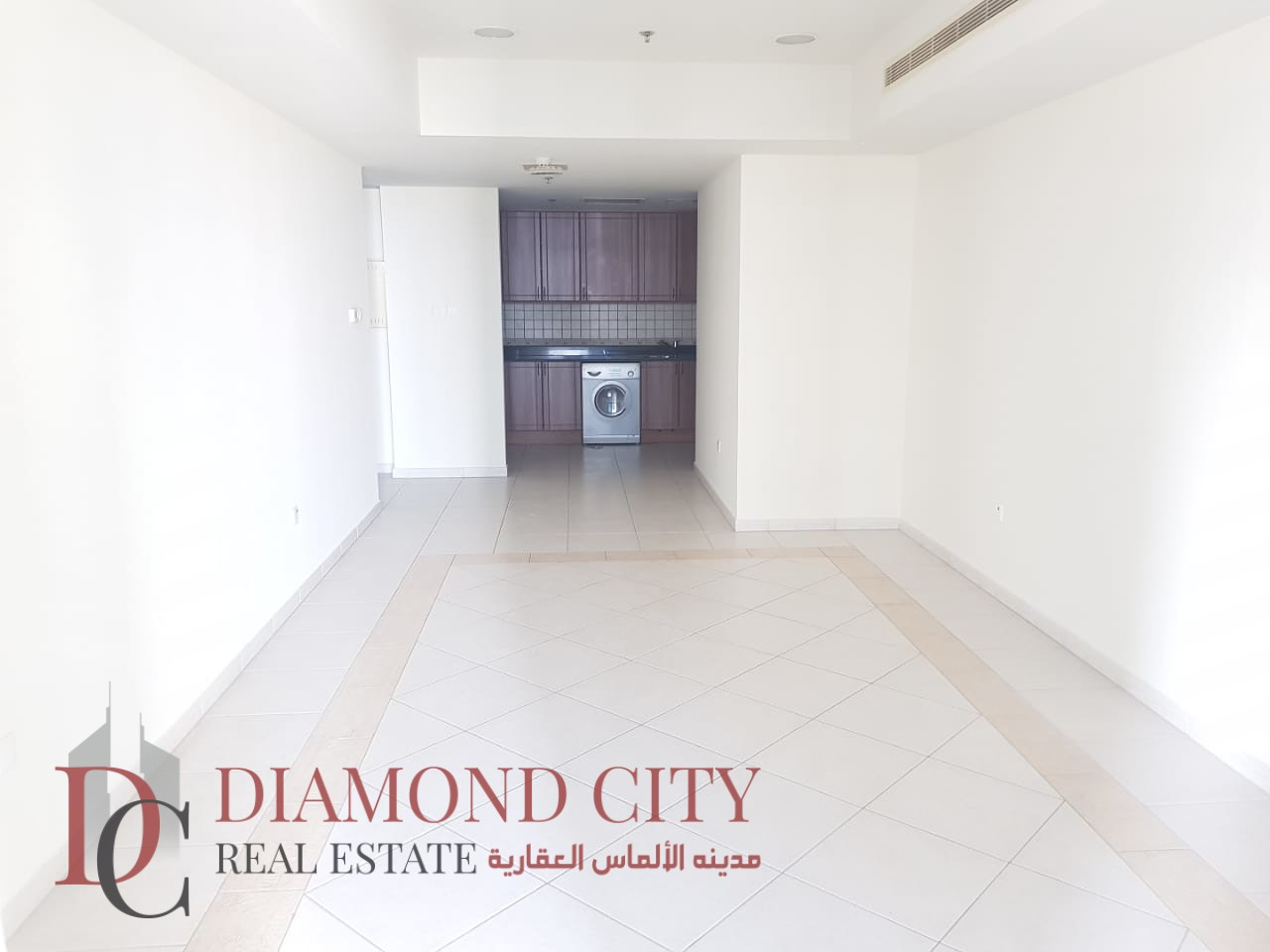 Hot Offer   1 Br @ 1M AED   Marina View