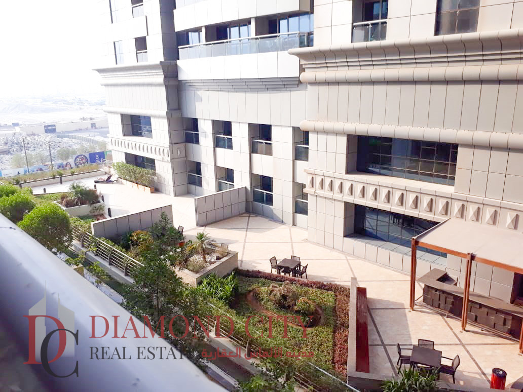 Vacant 2 BR   Lower Floor Emirates Crown