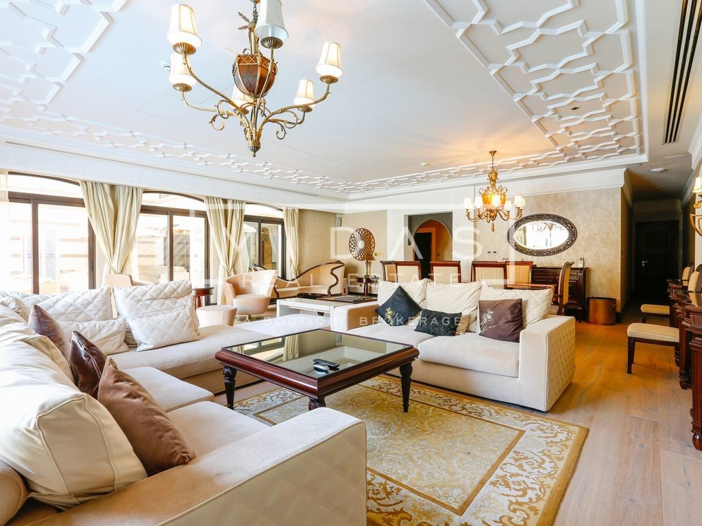 Exquisitely Done Interiors | Royal Villas | Stunning Sea Views