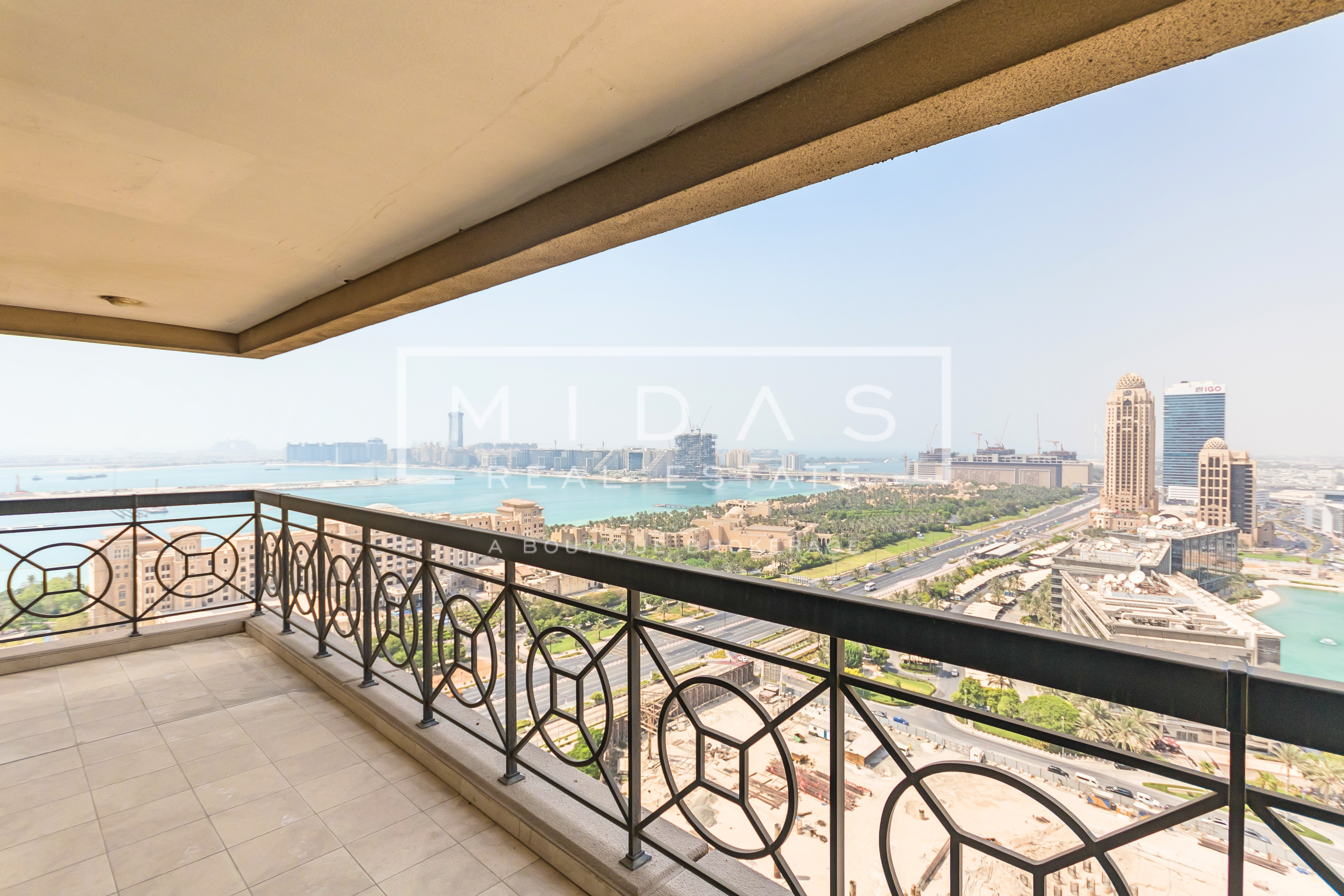 Contemporary Furnished - High Floor - Palm View - More Options Available