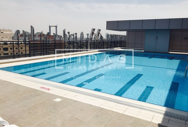 Birght and Spacious 3BR+M Apartment in Mankhool