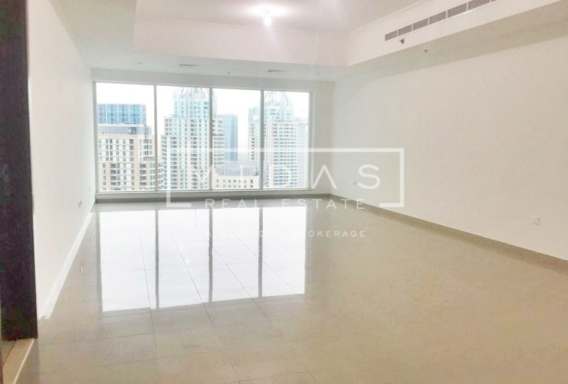 Huge Apartment w/ Marina View in Emirates Crown