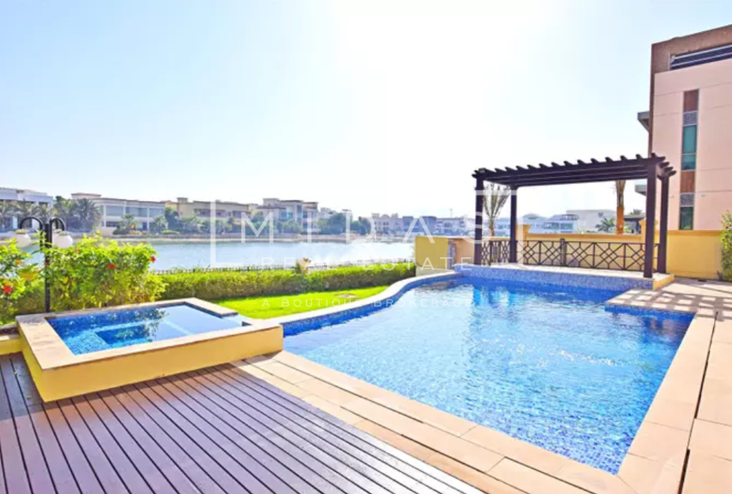 Stunning Lake View | Vacant 6BR+Maids Villa in W Sector