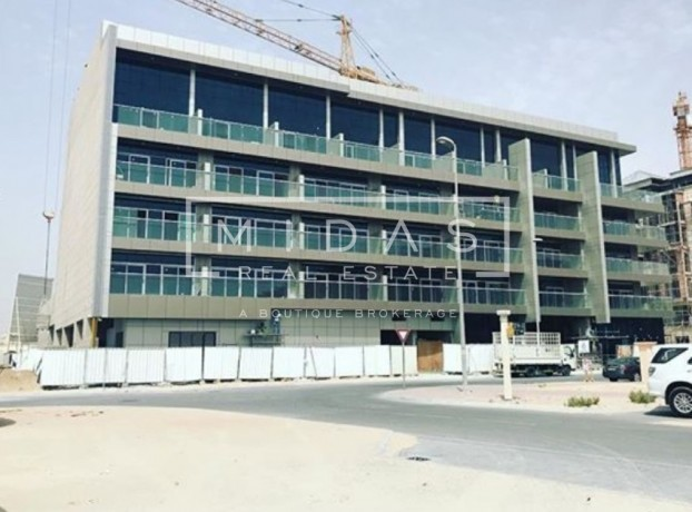 Rented G+4 Bldg for Sale in JVC w/ Good ROI
