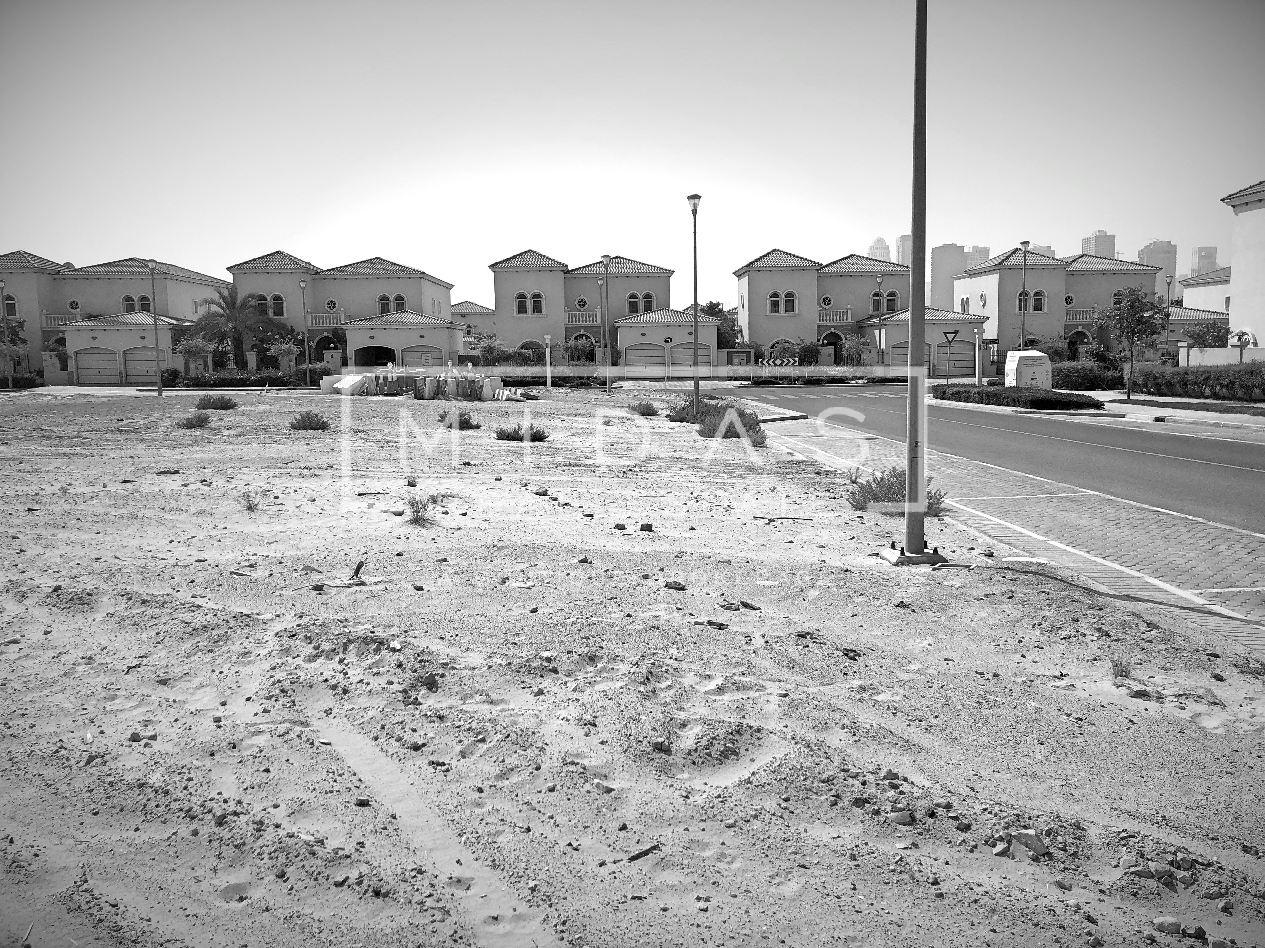 Give Offer - Exclusive PLOT - Biggest in Jumeirah Park