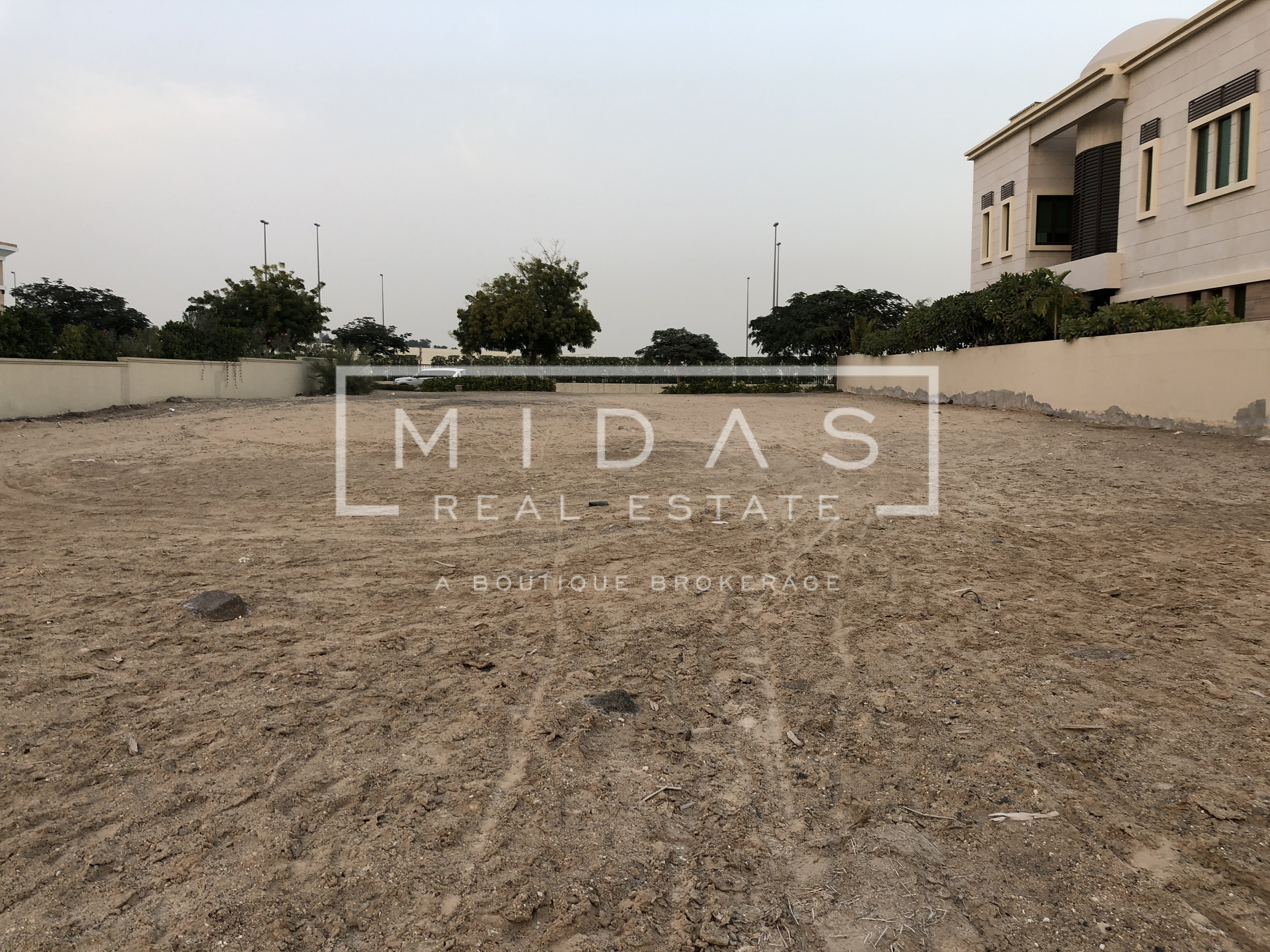 Exclusive Mansion Plot w/ Golf Course View