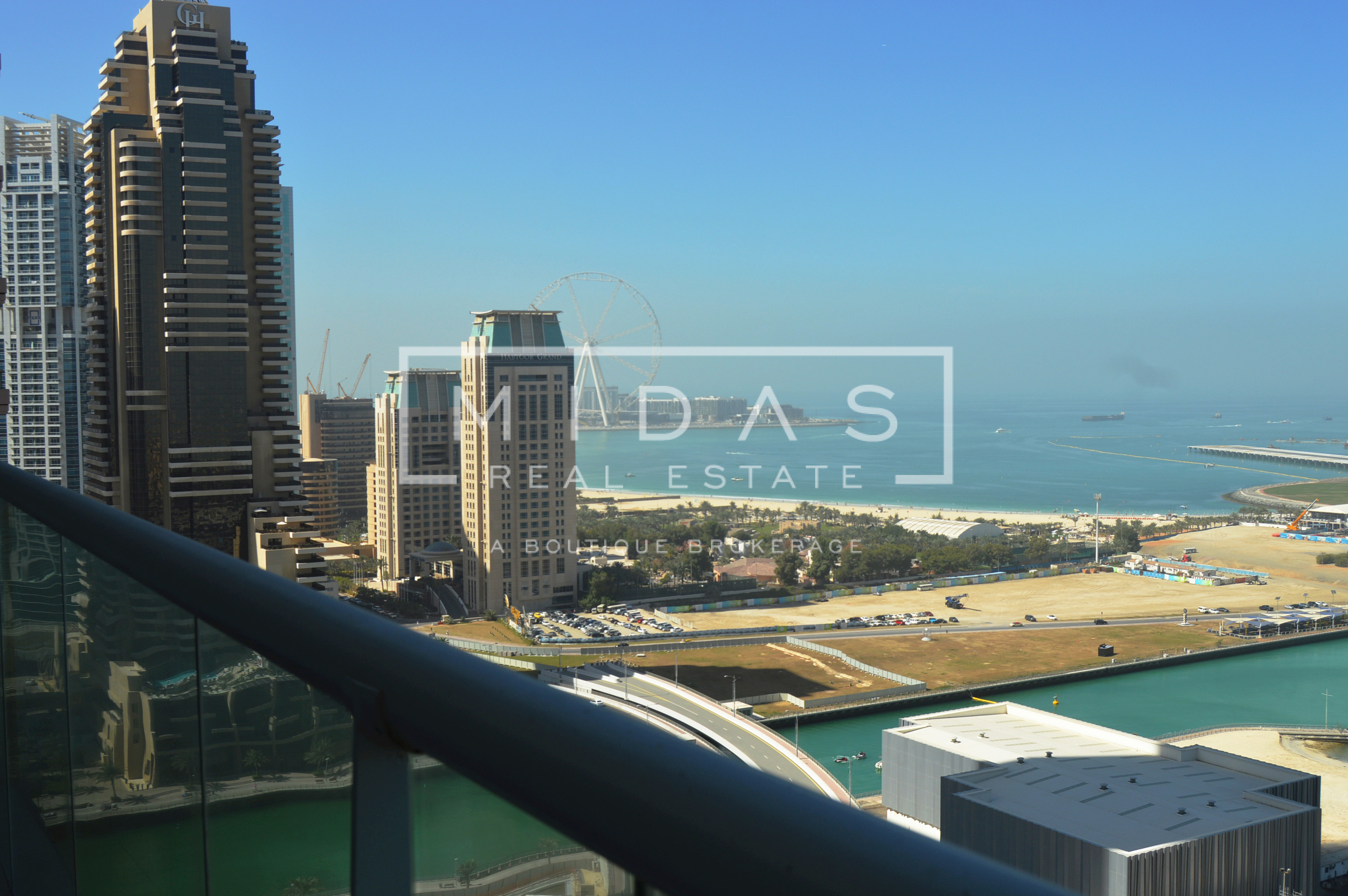 3BR+Maids w/ Sea View in Emirates Crown for Rent