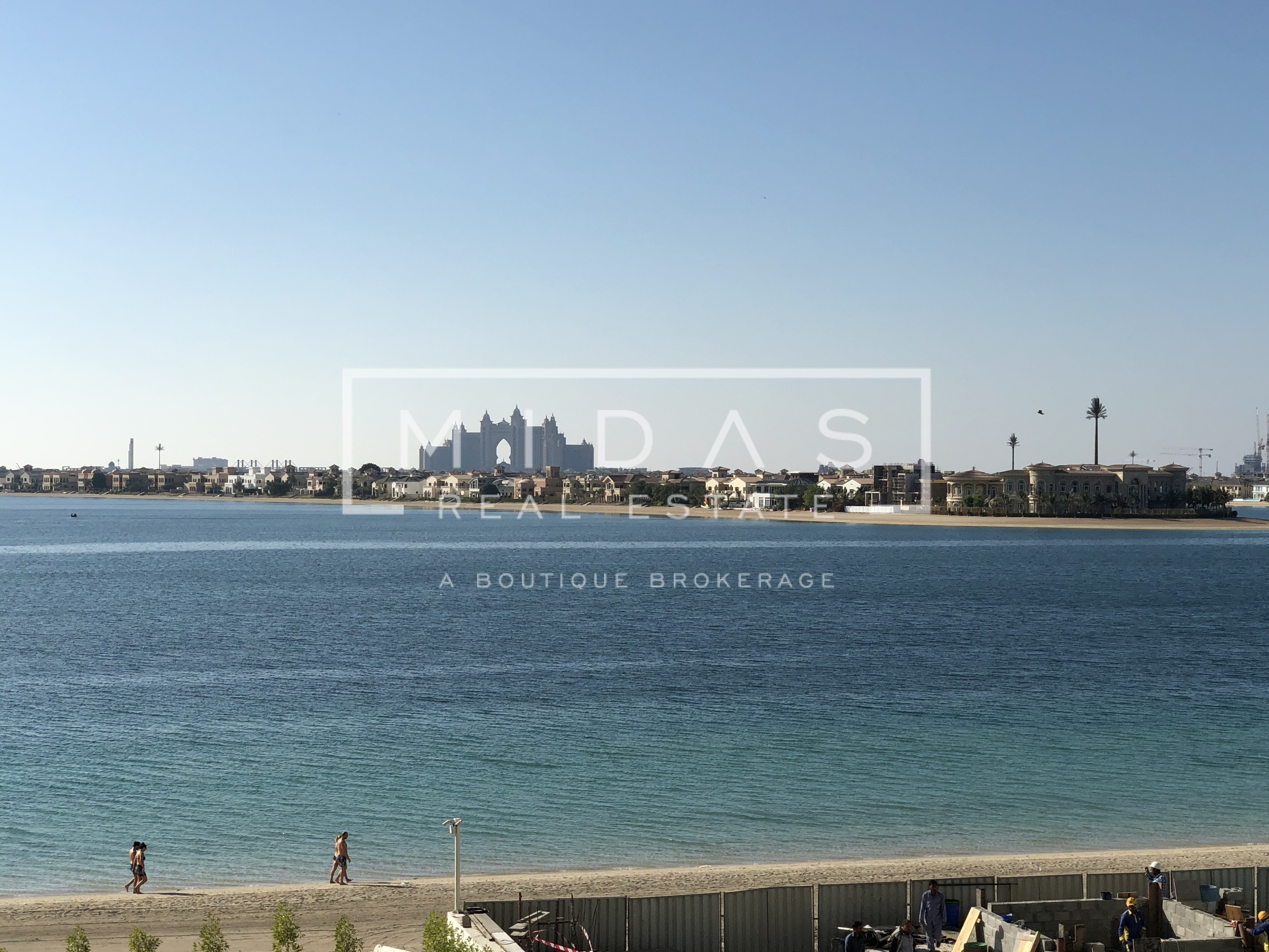 Beautifully Furnished 1BR Apartment with Stunning Palm View in Palm Jumeirah