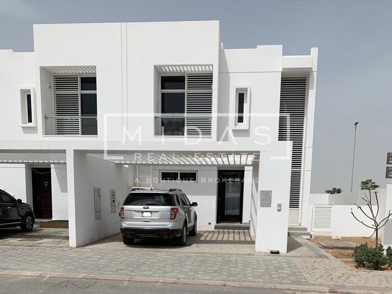 Corner Villa Brand New 3BR+Maid in Arabella Mudon Phase 3