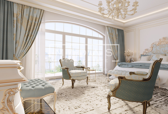 Luxurious 5 BR Apartment in XXll Carat, Palm Jumeirah