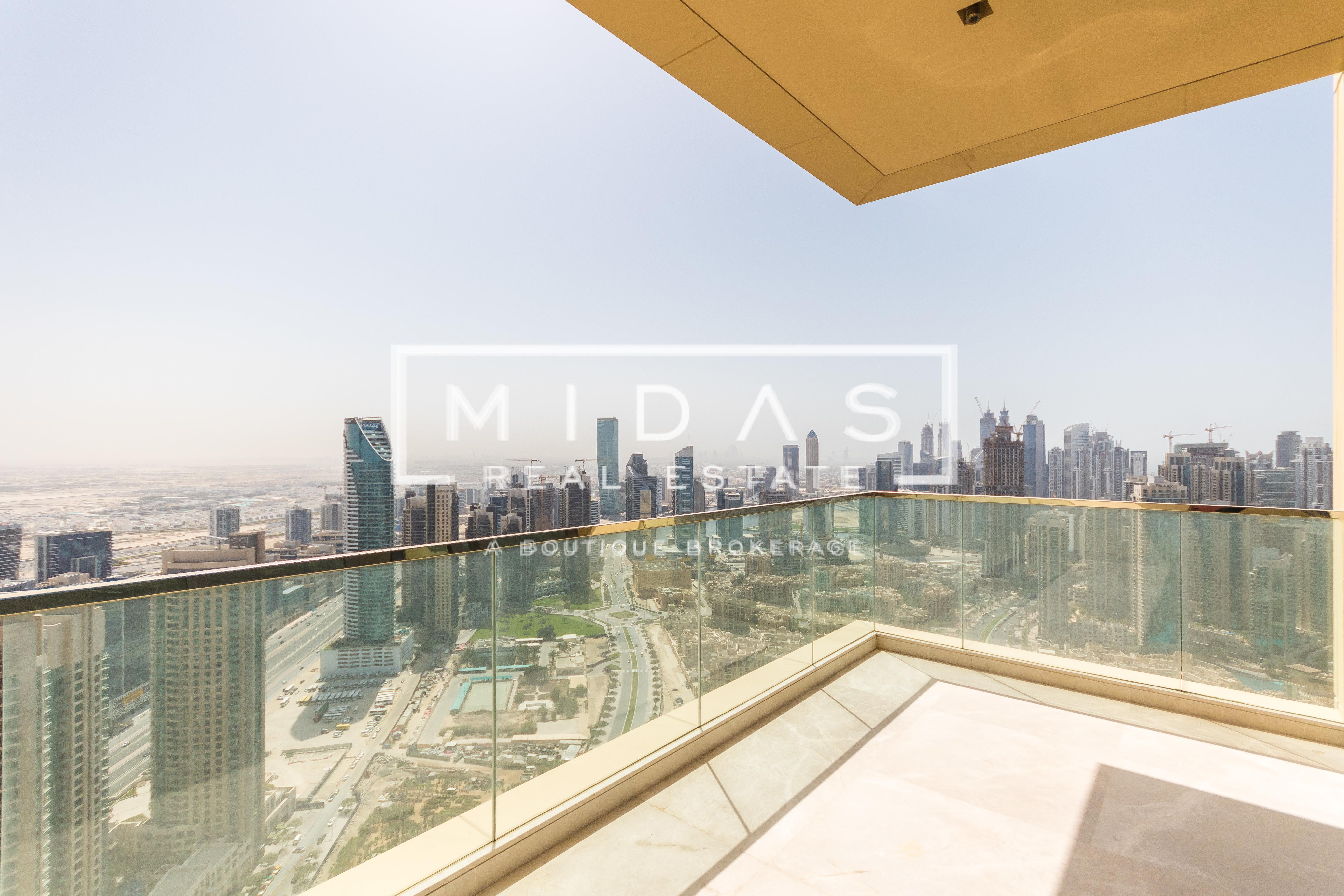 Spectacular Full Floor Penthouse on High Floor