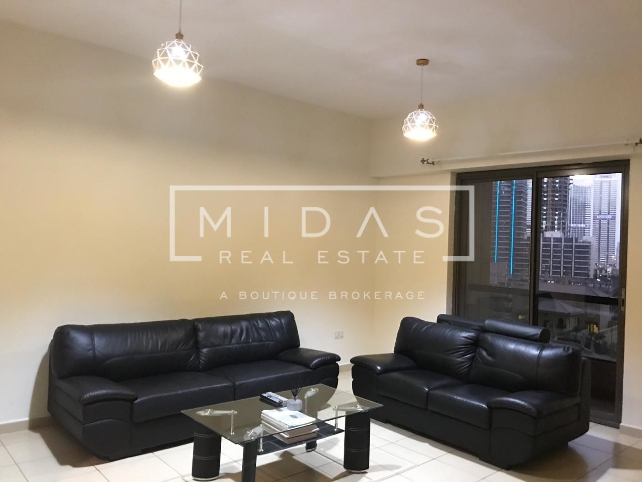 Beautiful 2BR Fully Furnished Apartment in Sadaf