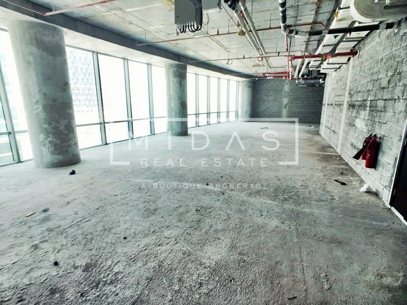 Spacious Shell & Core Office space in DIFC