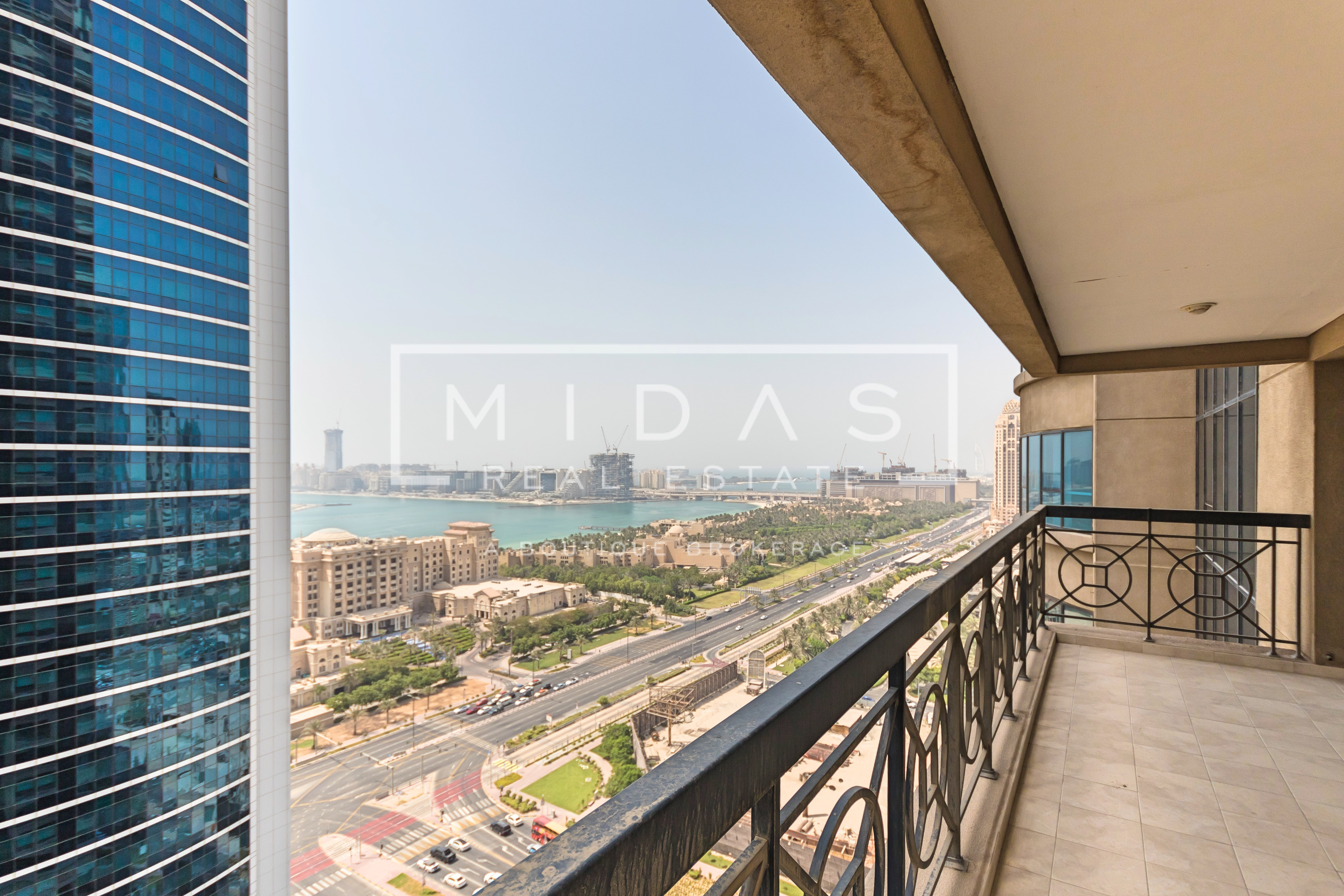 EXCLUSIVE!! 3BR Apartment + Maids w/ Palm Sea View