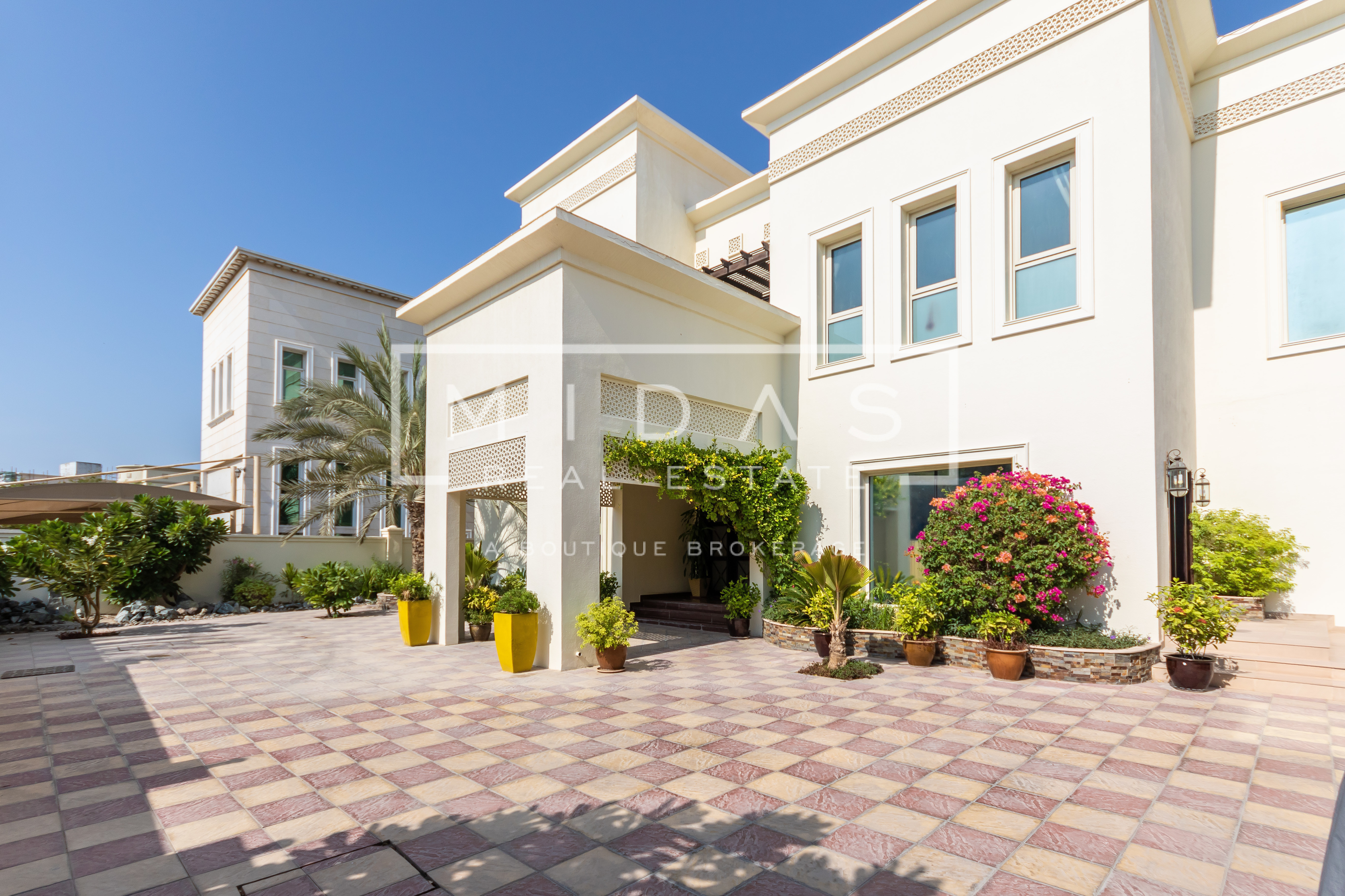 Vastu Perfect Lake View Mansion in W Sector