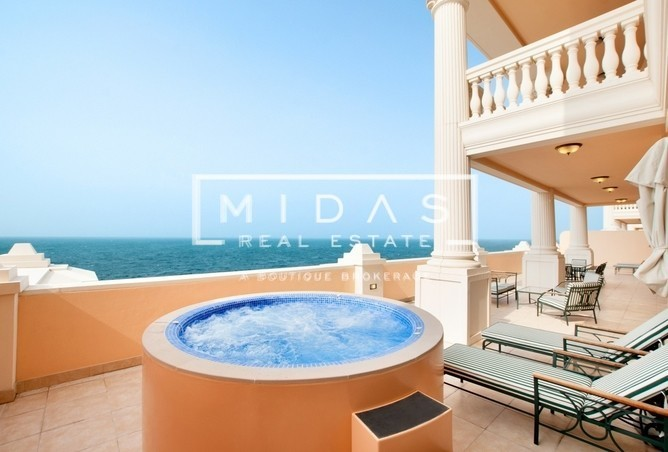 Fully Furnished 4BR Penthouse | Palm Sea View