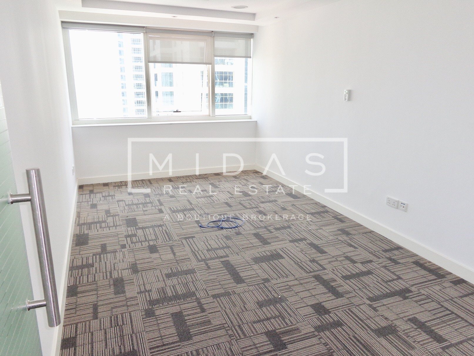 Close to Metro | Spacious Office w/ Lake View | Vacant