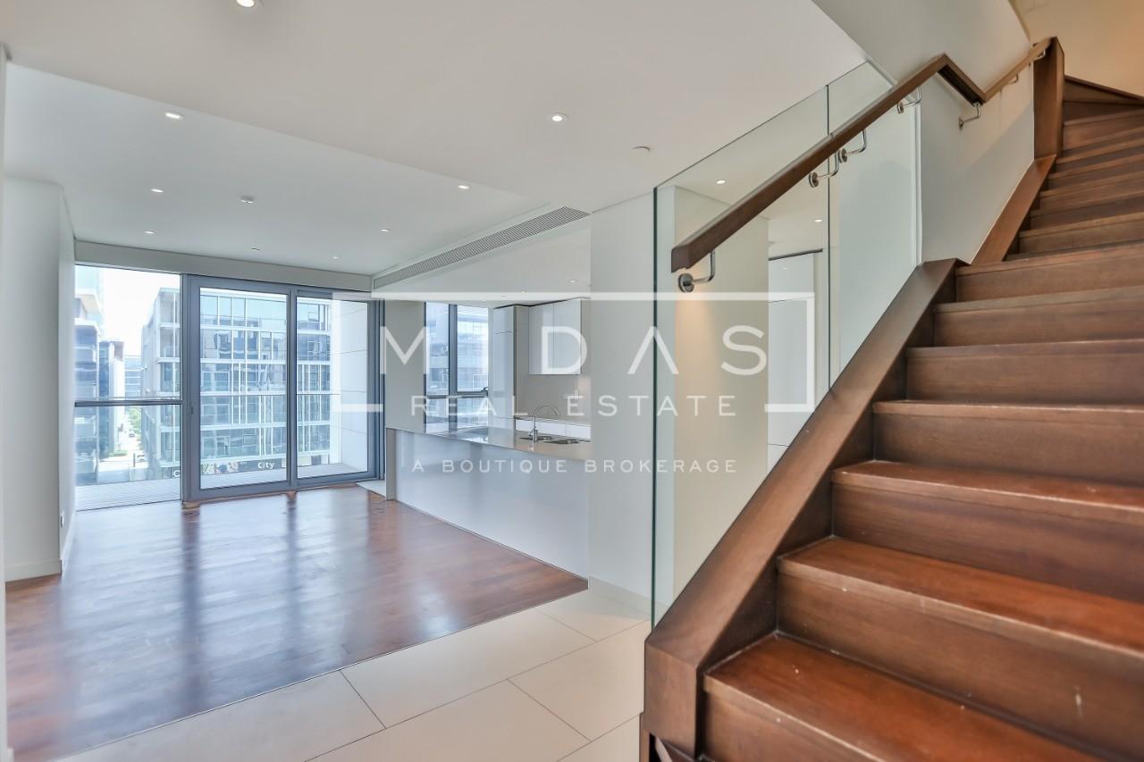 Bright and Premium | 4BR+Maids Duplex | CityWalk Blvd