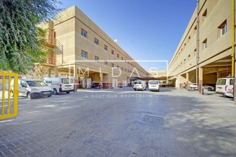 G+4 Labour Camp w/ 176 Rooms in DIP For Sale
