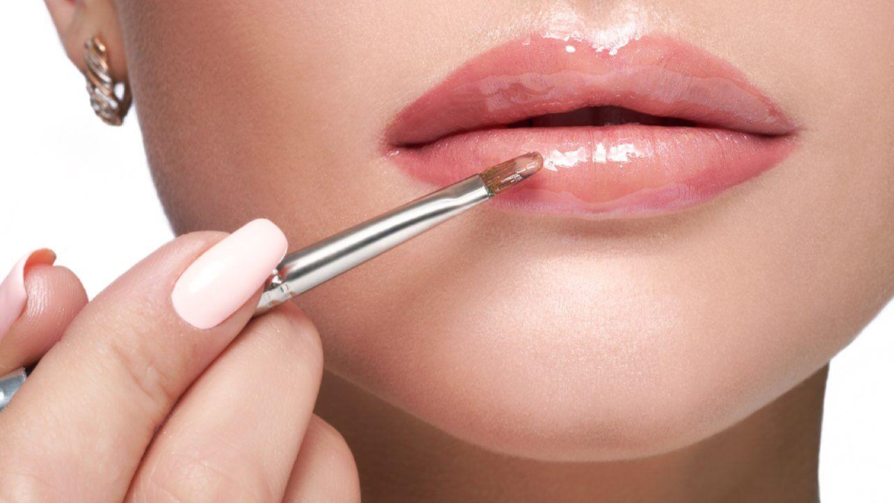 Plumping Lipstick And Plumping Lip Gloss