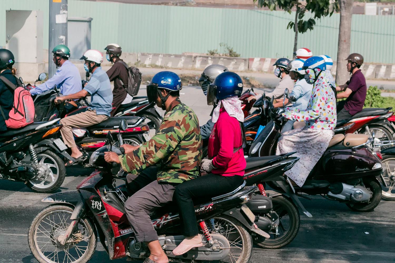 Sài Gòn mùa nóng và mùa nóng hơn - Ảnh: Stefan Hunger