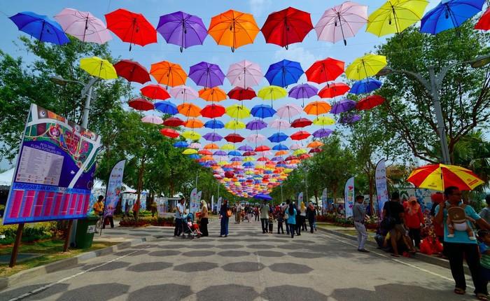 Một lễ hội rực rỡ sắc màu và vui nhộn