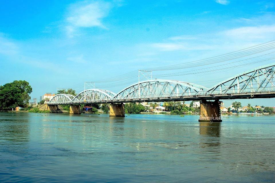 Cầu Ghềnh bắc qua sông Đồng Nai