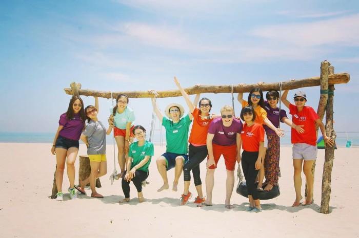 Nhanh lập team và đi biển Huế cắm trại ngủ lều thôi
