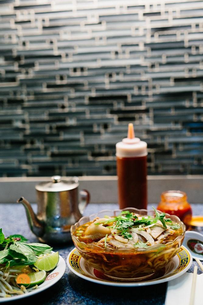 Một tô bún mang cả hương vị xứ Huế