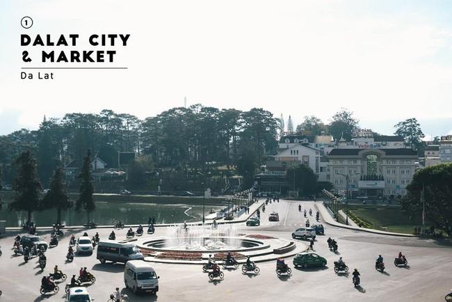 Điểm thăm đầu tiên ở Đà Lạt chính là trung tâm TP với chợ Đà Lạt và các tuyến đường đông đúc nhất.