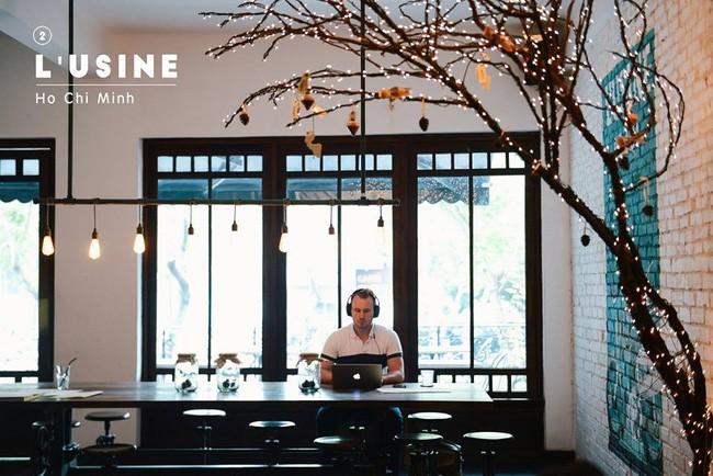 Quán cafe thu hút khách nước ngoài nhất Sài Gòn - L''usine.