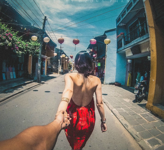 Dũng Phan và Trang Cao là đôi tình nhân đến từ Hà Nội. Dũng làm kinh doanh, còn Trang là nhà thiết kế nhưng họ có cùng sở thích đi du lịch và chụp ảnh.