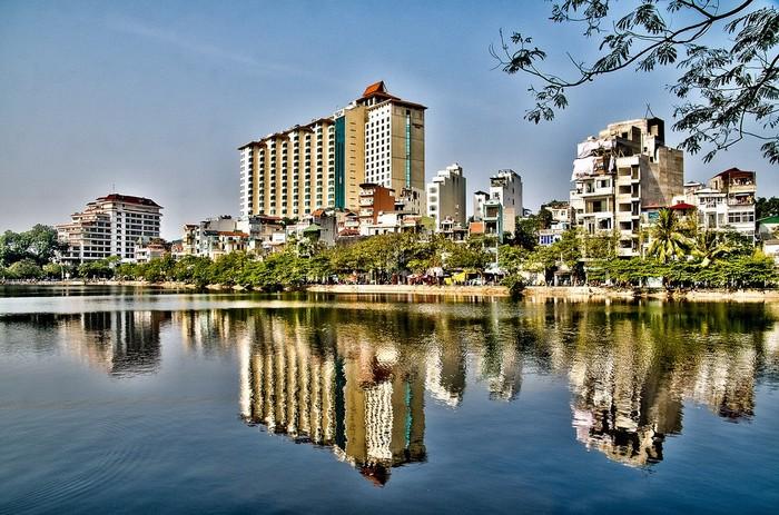 Muốn ngắm cảnh đẹp hãy đến Sofitel Plaza