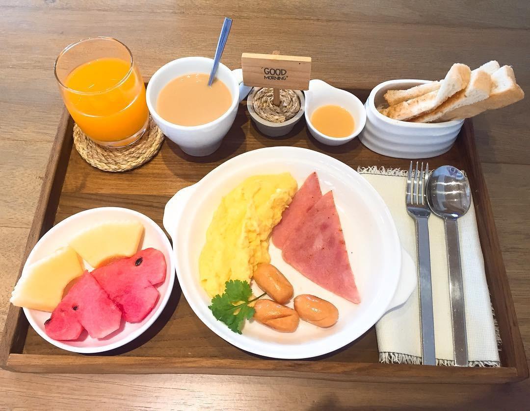 Bữa sáng đầy đủ dinh dưỡng