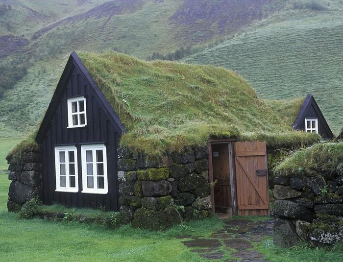 Những ngôi nhà tưởng như là chỗ ở của các chú lùn.