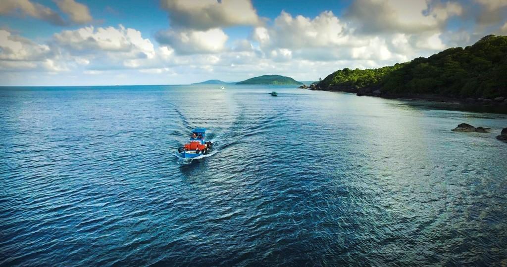 Xuôi về phương Nam để ngắm bức tranh thơ tình giữa biển trời mênh mang