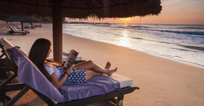Thư giãn cùng biển sáng sớm