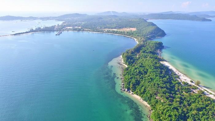 Mũi Ông Đội nằm ở phía Nam đảo Phú Quốc, đẹp tựa thiên đường