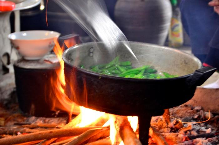 Đó là những món ăn mang đậm phong vị núi rừng và chứa cái tình đồng bào da diết