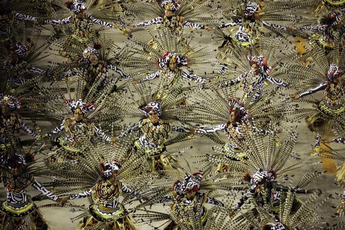 Sự kiện văn hóa nổi tiếng nhất Rio de Janeiro chính là lễ hội hóa trang - Rio Carnival. Lễ hội diễn ra 6 ngày liên tiếp và được tổ chức thường niên từ năm 1723.