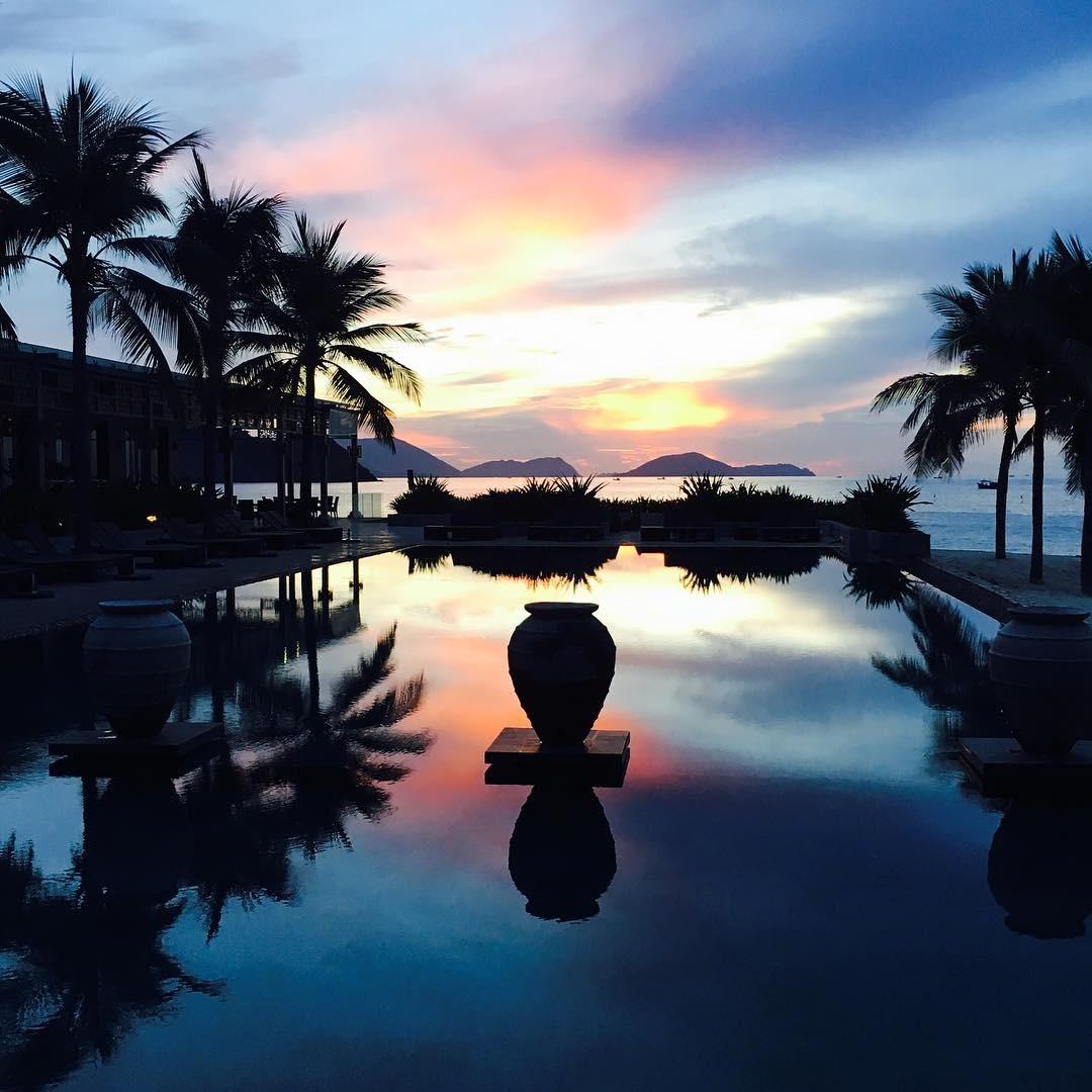 Chào biển sáng từ resort