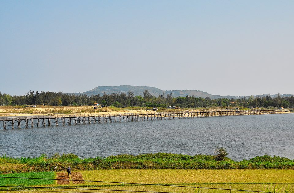 Cầu gỗ Bình Thạnh