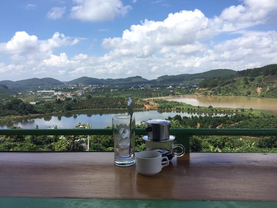 Quán cafe có view 360 độ đẹp nhất Việt Nam