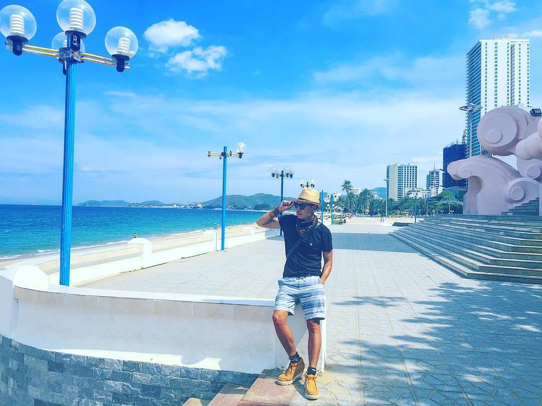 Biển Nha Trang xanh ngát trong nắng mai - Ảnh: @tin_rin_tin