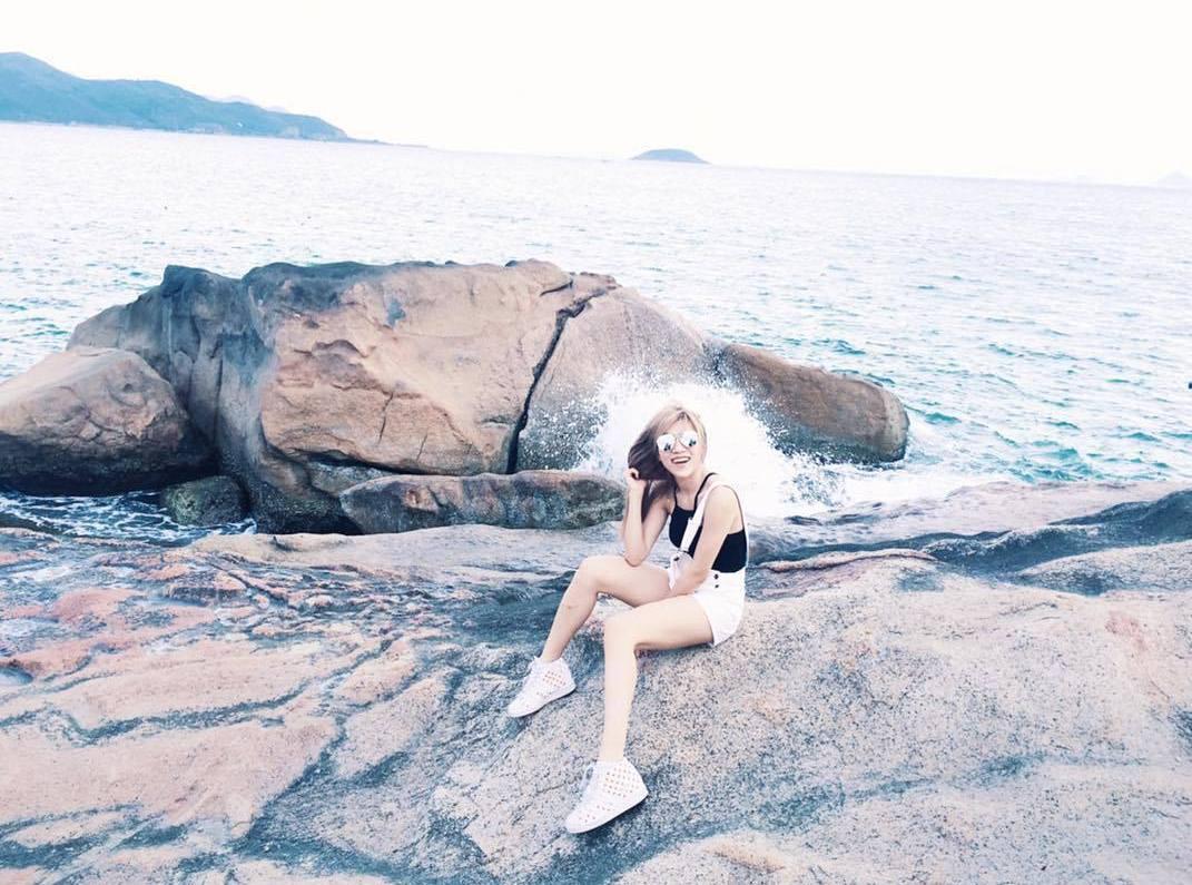 'Diễn sâu' một mình vẫn có bức ảnh hoàn hảo - Ảnh: @trang_phap