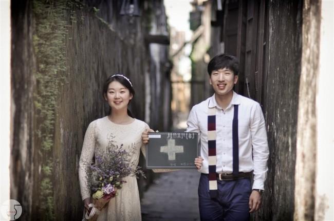 Những bộ ảnh cưới đẹp xuất sắc khi các cặp đôi nước ngoài sang Việt Nam chụp - Ảnh 17.